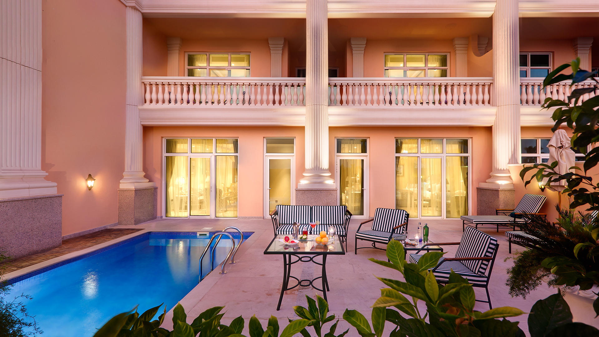 Hotels with private pools in the uae your money the for Hotels with private pool in dubai