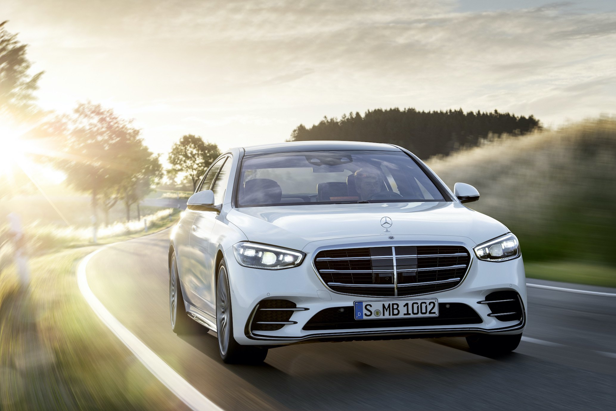 The new Mercedes-Benz S-Class : Automotive luxury experienced in a completely new way